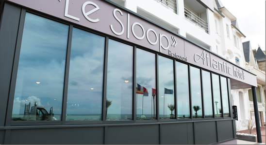 "Bienvenue au restaurant ""Le Sloop"""